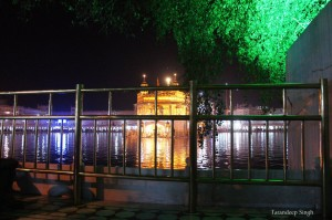 golden temple lights