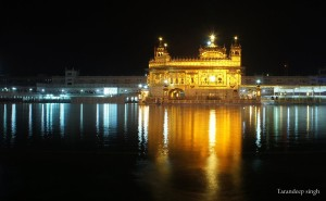 golden temple-night