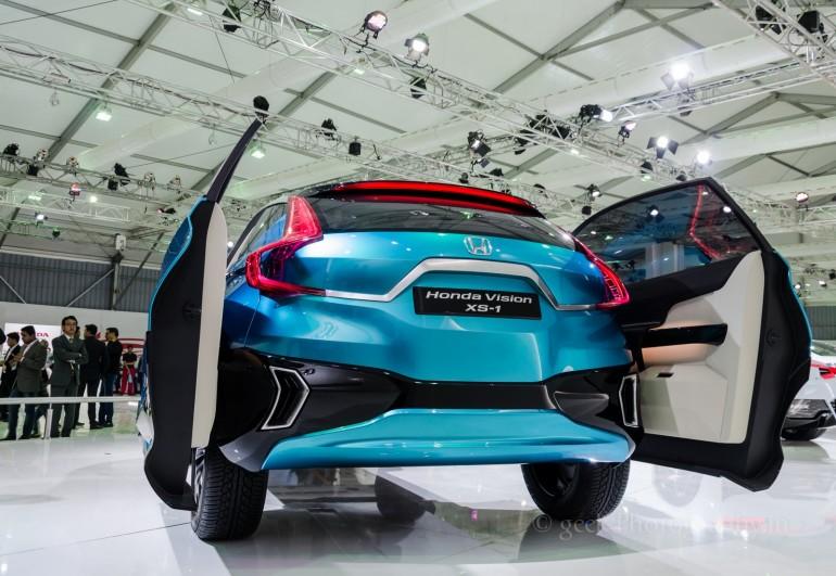 [2014] AutoExpo: Honda NSX, XS1 Concept